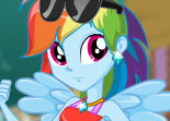 Poney Rainbow Dash contre Humain